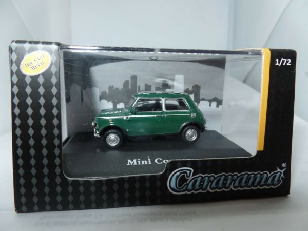 Cararama 7-80090 1/72 Scale Leyland Mini Cooper Dark Green Check White Roof